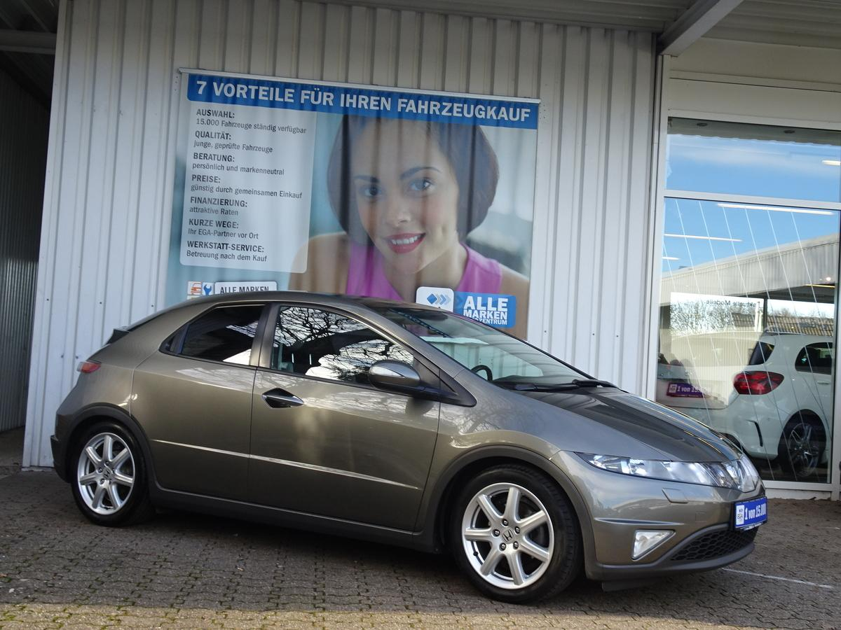 Honda Civic 1,8 EXCLUSIVE KLIMAAUTOMATIC ALU SHZ PDC MFL